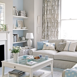 2-Small-Living-Room-Decorating-Ideas